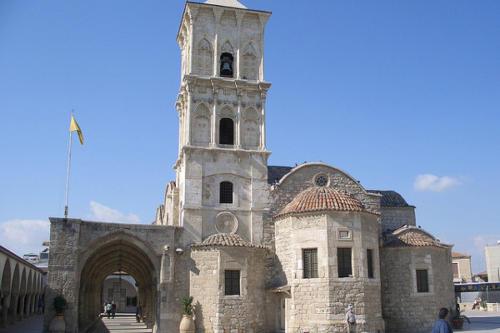 Cypr 2